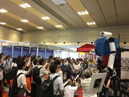 サービスロボット開発技術展に4mロボット1