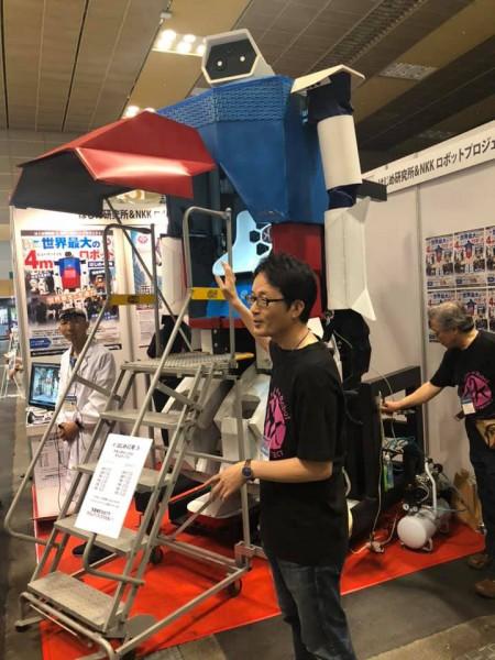 サービスロボット開発技術展に4mロボット2